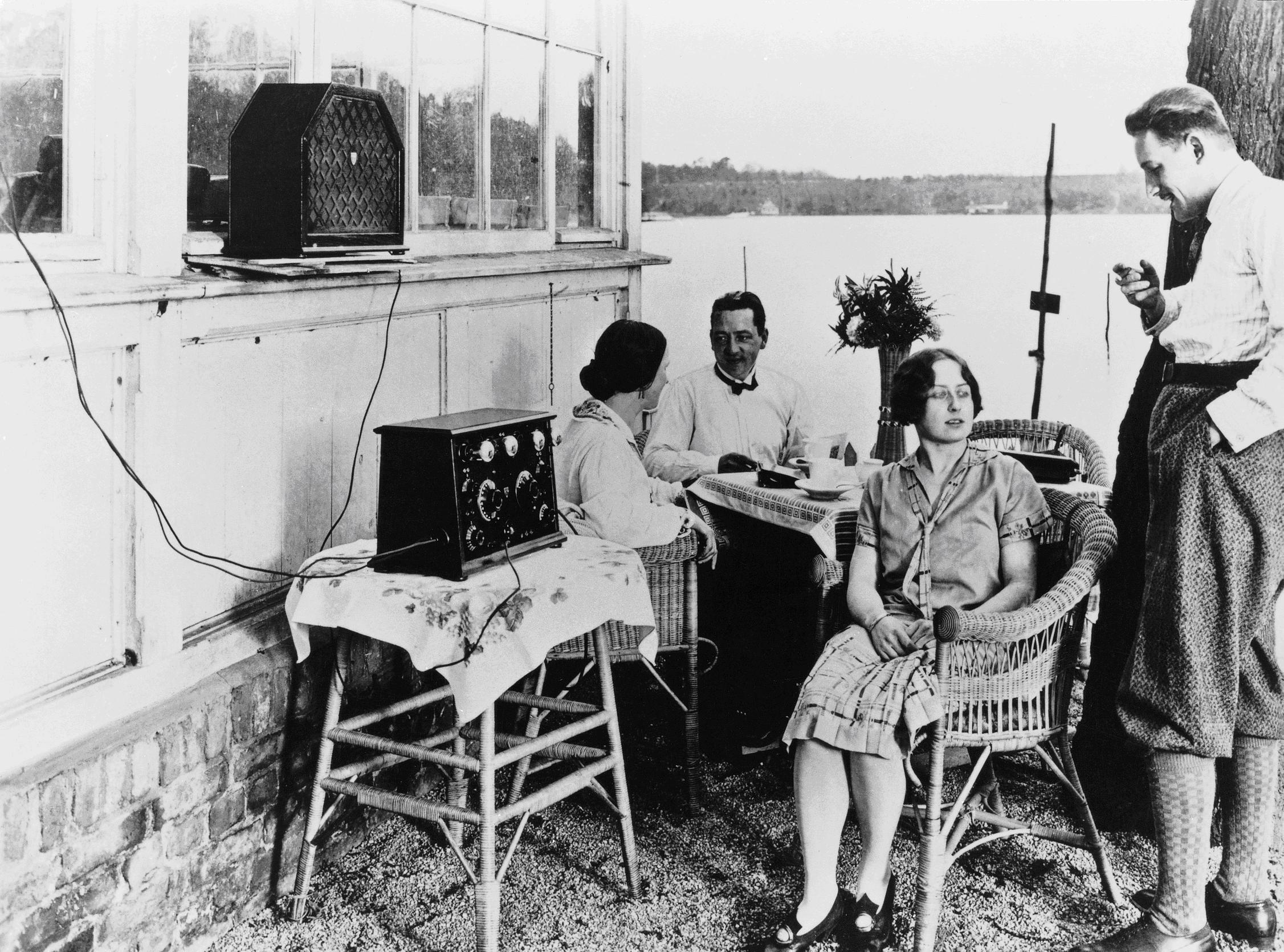 Radio at the water sports field Siemenswerder an der Havel, around 1928